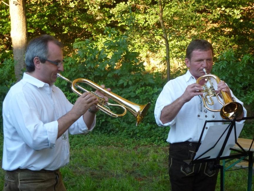 Das Weisenblasen am Samstag den 10.09.2011 beim Haroldnerhof vollerErfolg!
