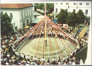 Maibaum2000