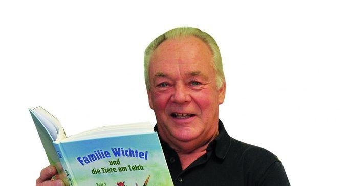 Kinderbuchautor Gottfried Bugelmüller präsentiert sein 1. Buch bei den Leseomas undLeseopas