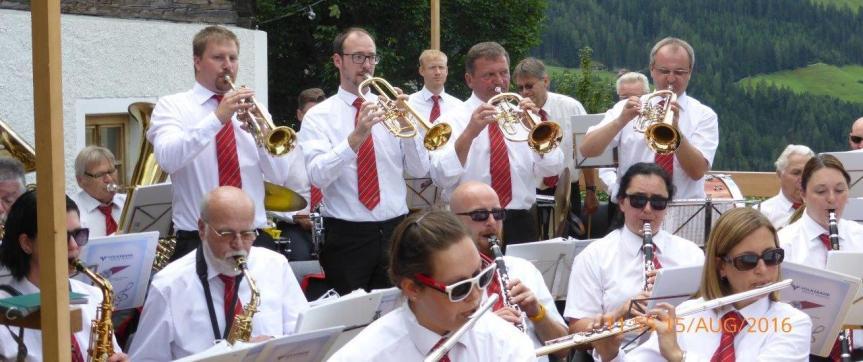 Blasorchester Steyrer Traktoren zu Besuch inAnras